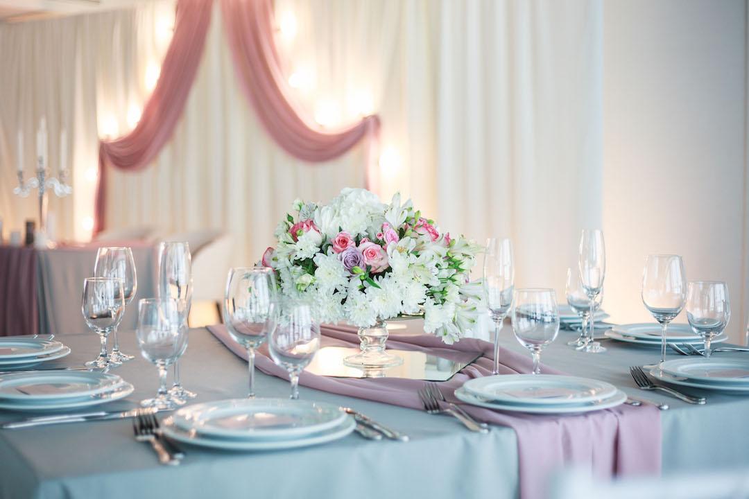 Свадьба в серо розовых тонах 50