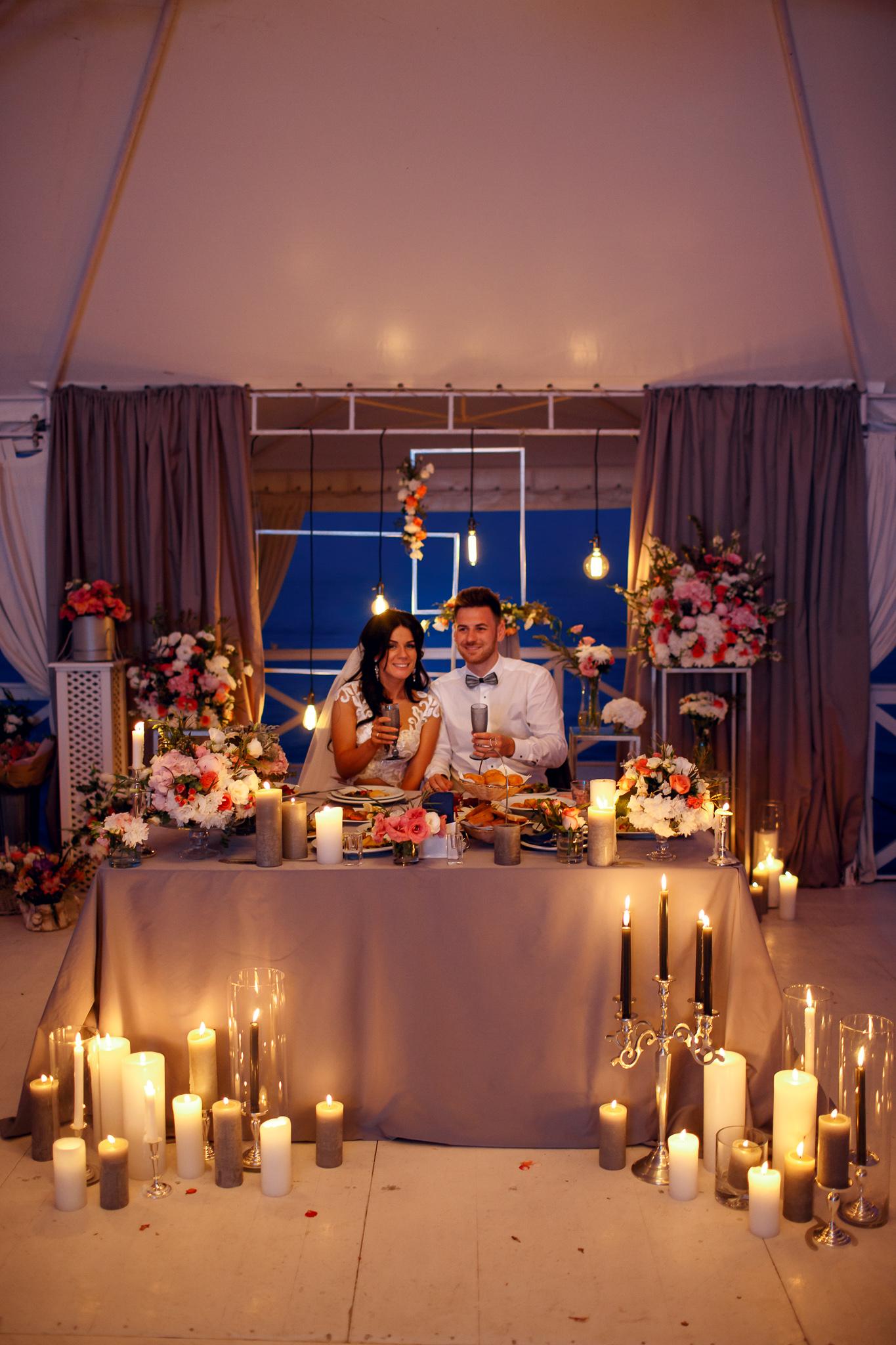 Вечерний декор от свадебного агенства Скоро Свадьба