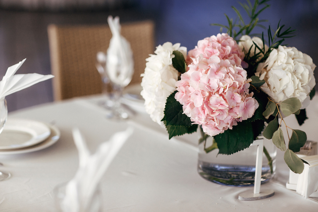 Живая флористика на свадьбу возле моря