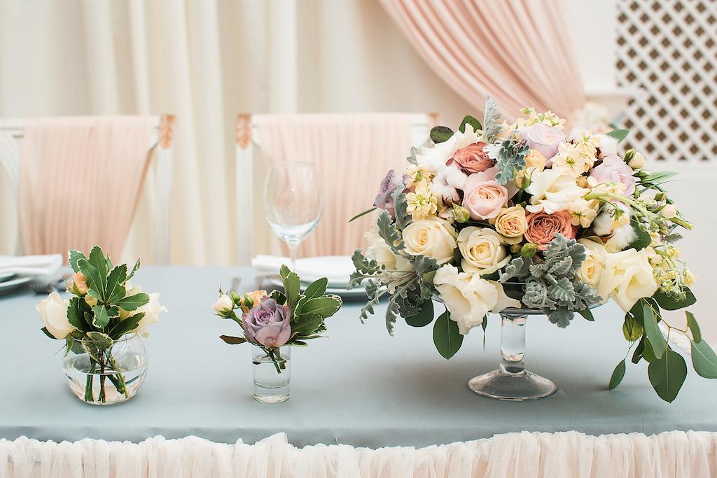 Оформление живой флористикой на свадьбе в Одессе