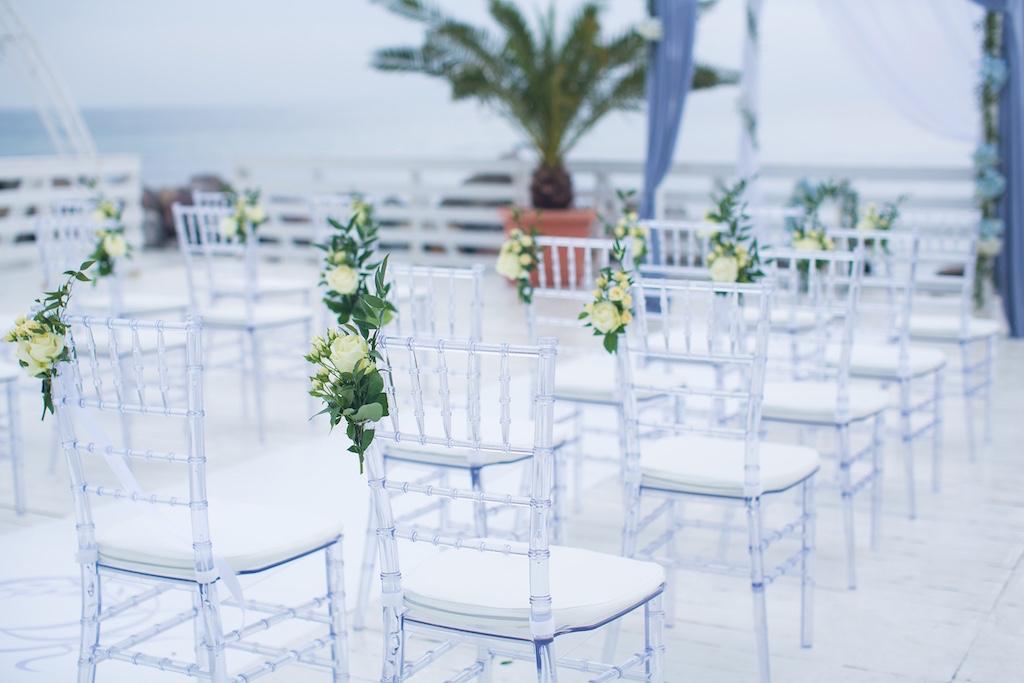 Декор стульев чиавари на выездной росписи