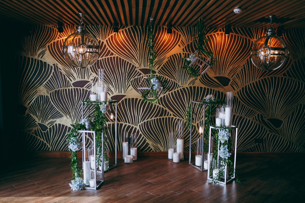 Декор фото-зоны на свадьбе в Одессе