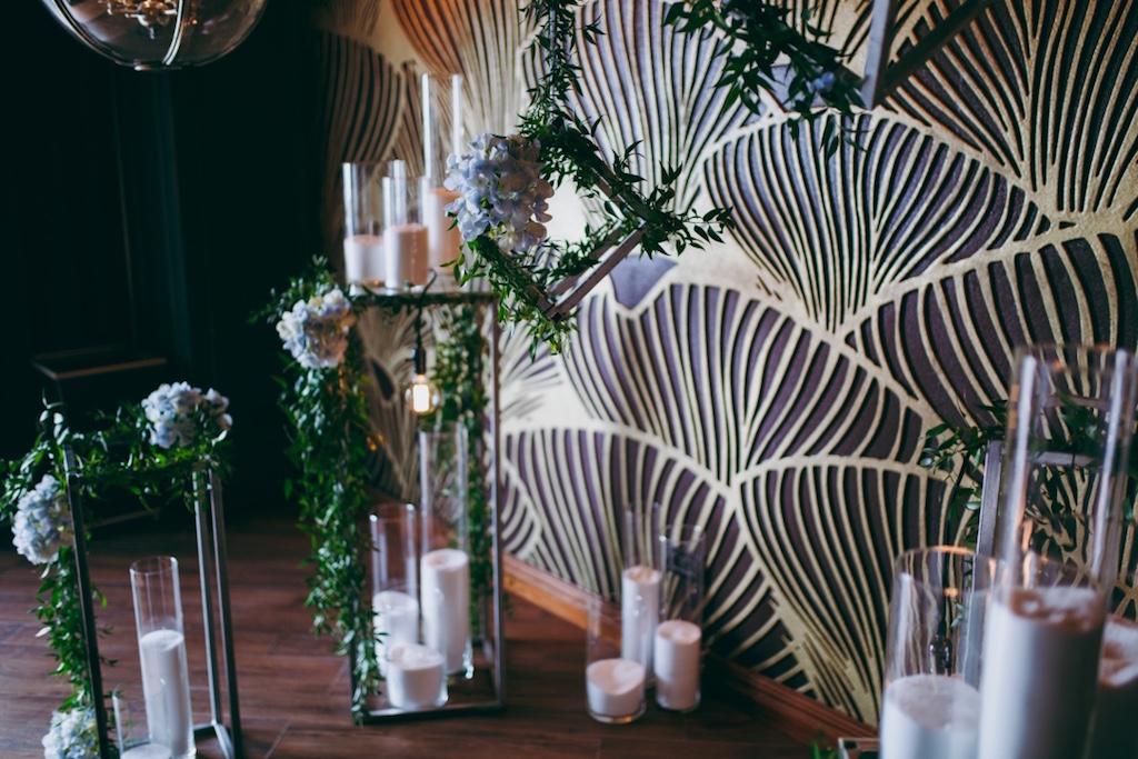 Украшение живой флористикой на свадьбе