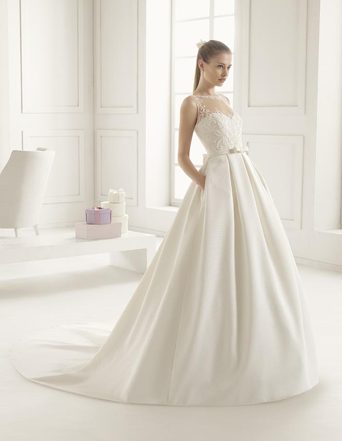 Elliot (38, микадо, natural) Свадебное платье Rosa Clara в Одессе. Свадебный салон Скоро Свадьба.