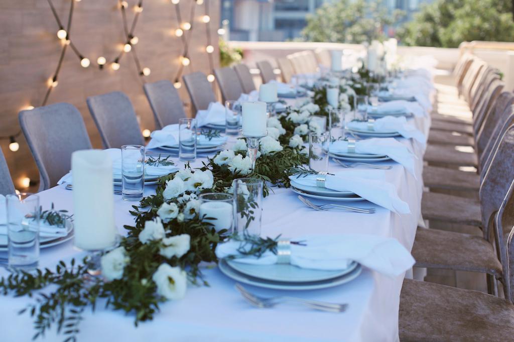 Декор гостевого стола на свадьбе в Одессе
