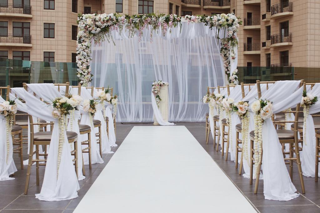 Декор выездной церемонии в Одессе