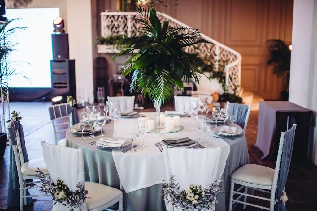 Оформление гостевых столов в Одессе на свадьбе