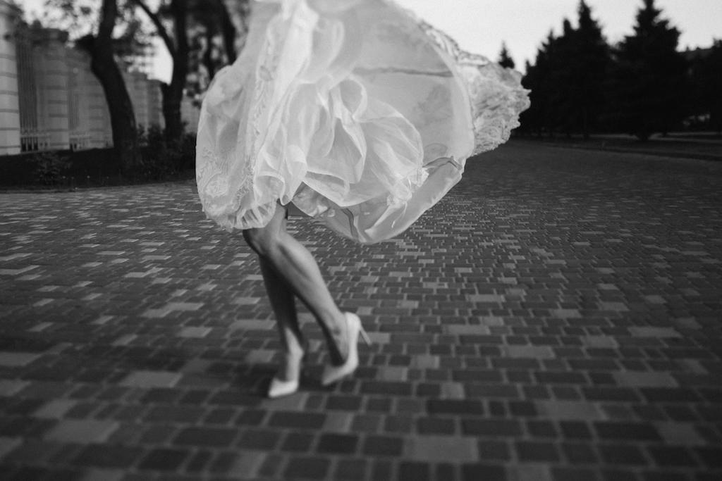 Места для прогулки свадебной фотосессии