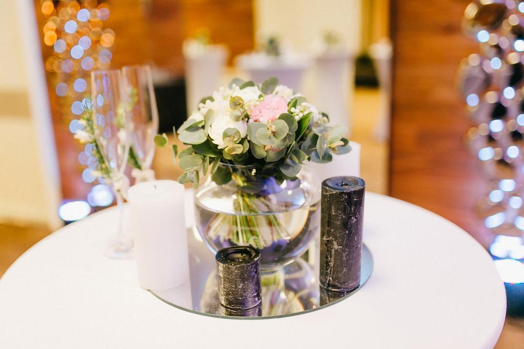 Оформление живой хлористой свадьбу в Одессе