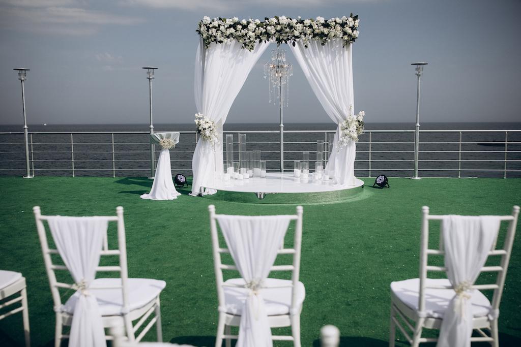 декор свадьбы в Maristella