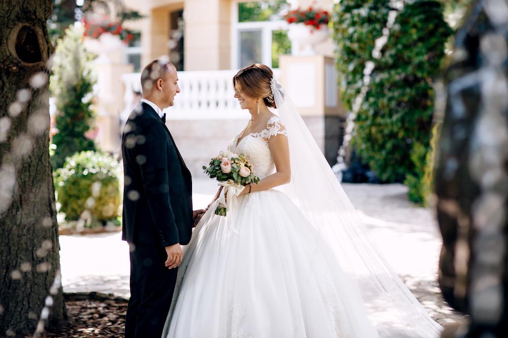 Как организовать красивую первую встречу жениха и невесты в Одессе