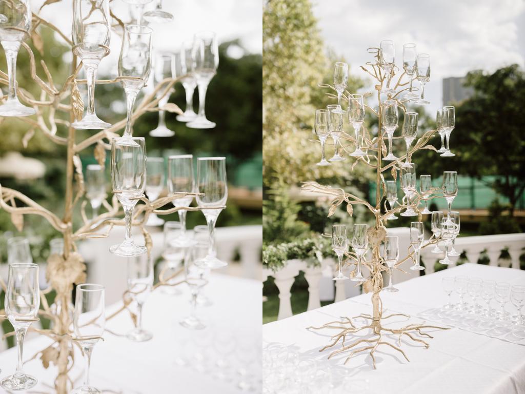 Дерево из шампанского в Одессе