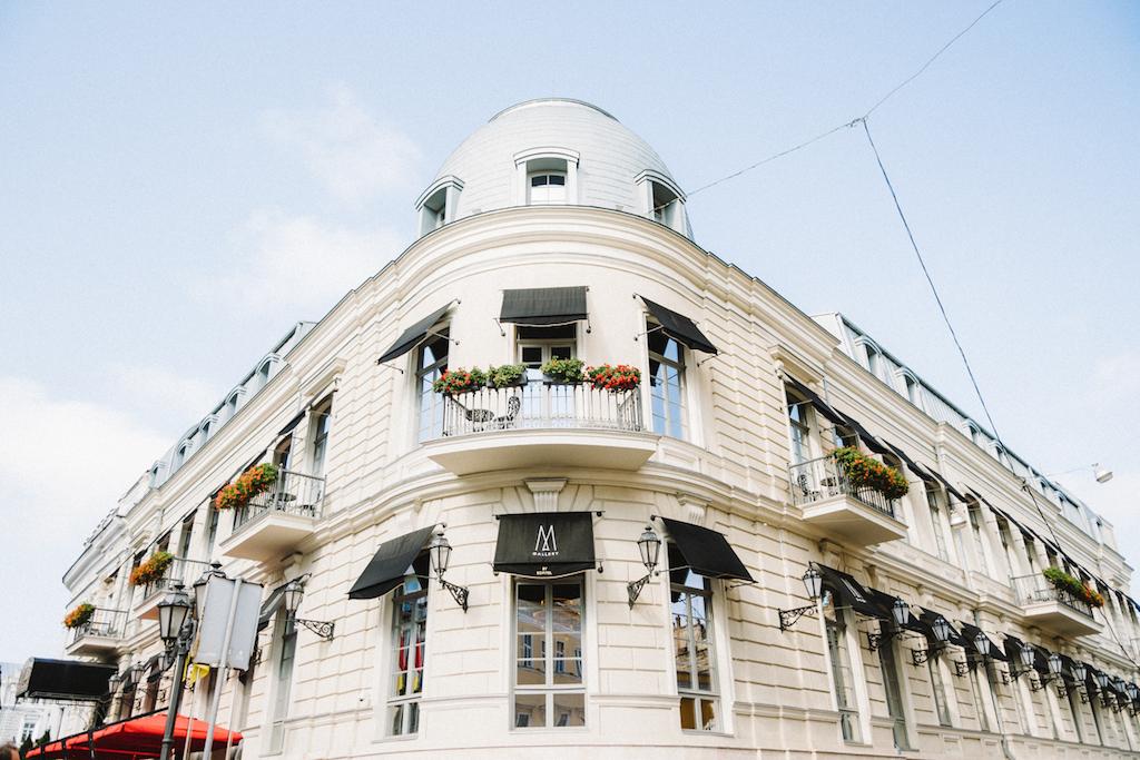 Сборы невесты в отеле Париж Одесса