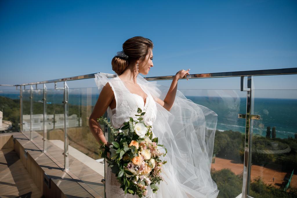 Фотосессия утра невесты в отеле Панорама Де Люкс Одесса