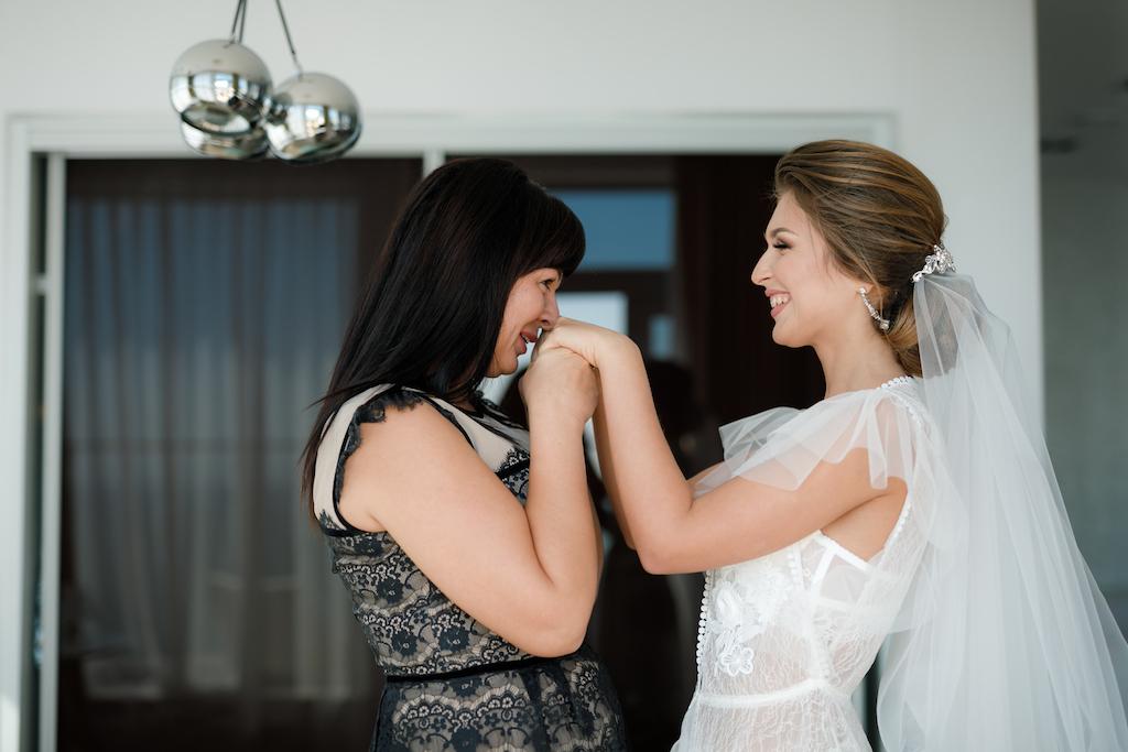 С кем провести утро невесты?