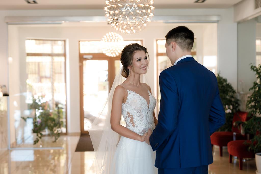 Как организовать красивую встречу жениха и невесты