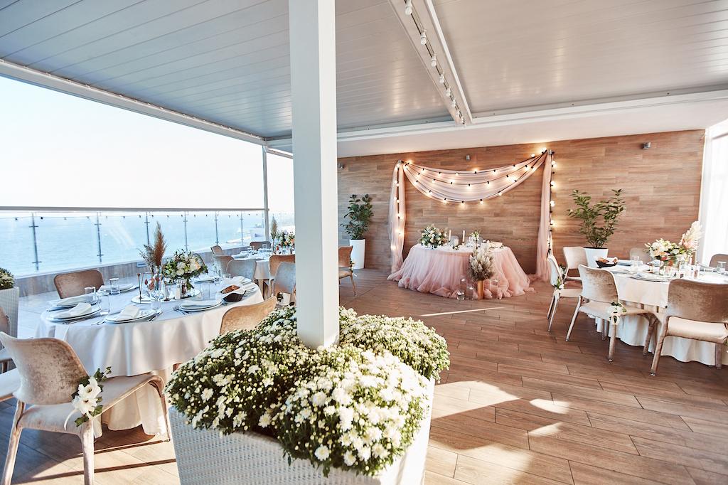 Свадьба в ресторане Панорама Де Люкс