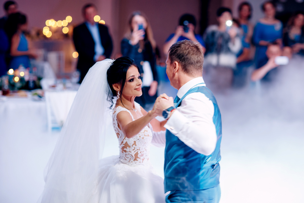 Холодный дым на свадьбу