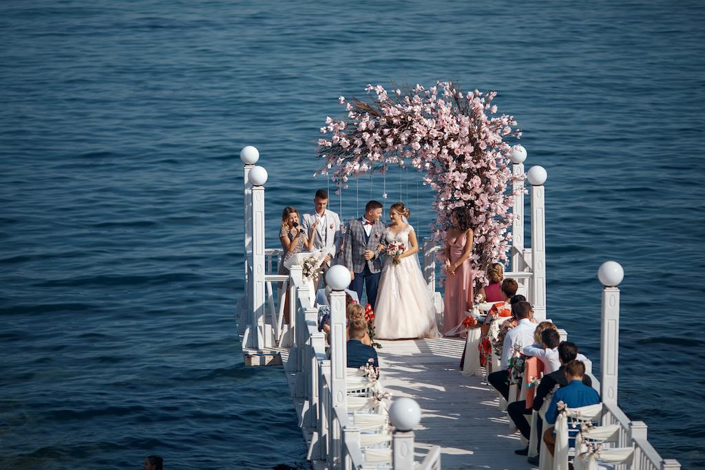 выездная церемония у моря