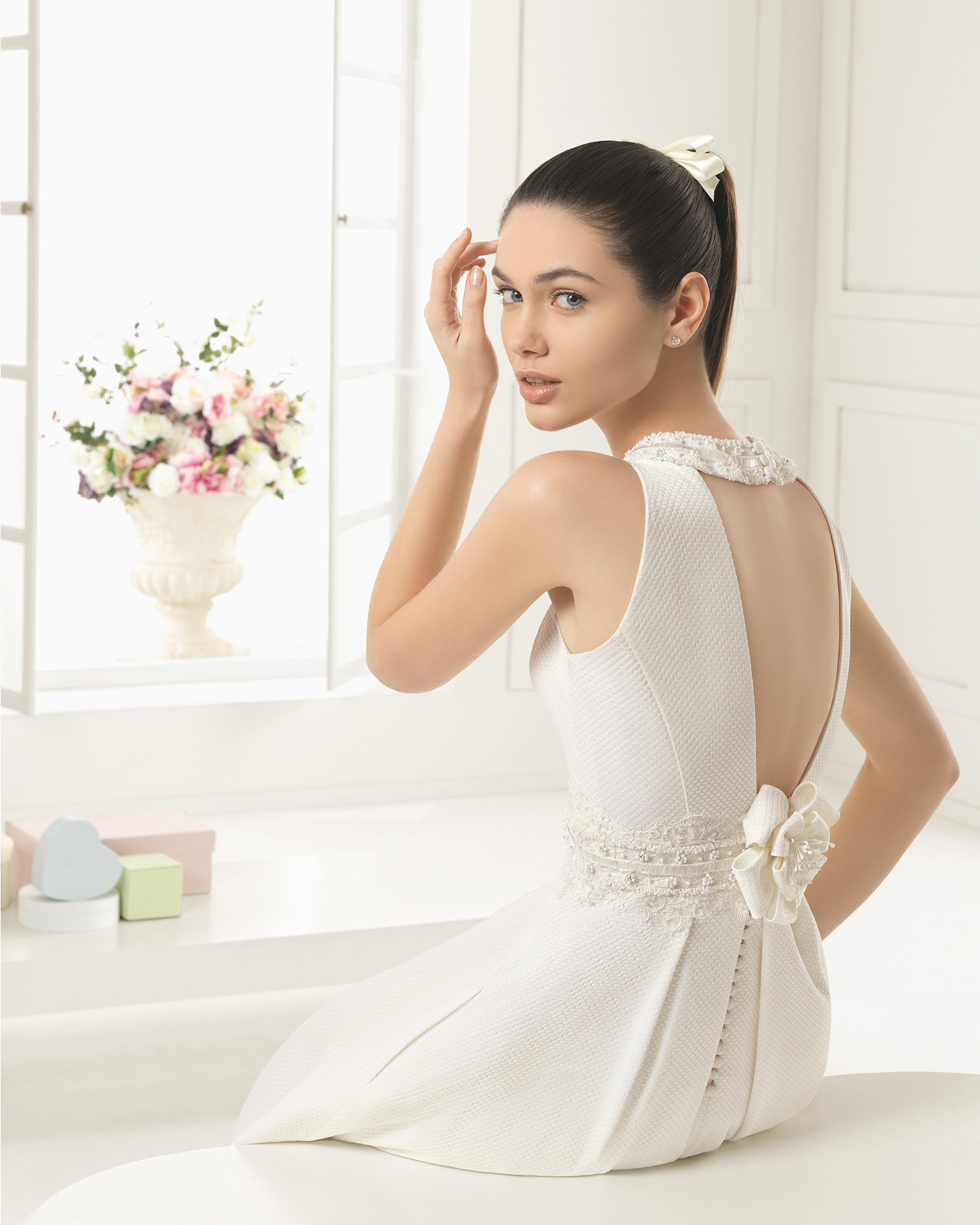 Elton (38, микадо/кружево/бисер, natural) Свадебное платье Rosa Clara в Одессе. Свадебный салон Скоро Свадьба.