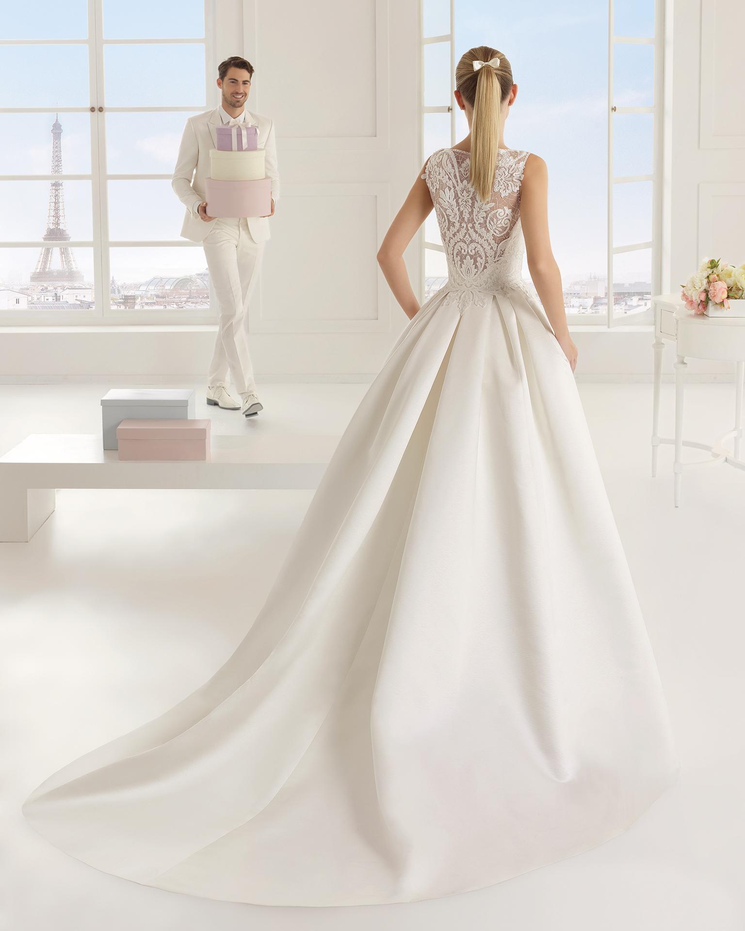 Eric (38, микадо/кружево/бисер, natural) Свадебное платье Rosa Clara в Одессе. Свадебный салон Скоро Свадьба.