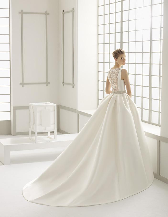 Delfos (40, микадо/вышивка, natural) Свадебное платье Rosa Clara в Одессе. Свадебный салон Скоро Свадьба.