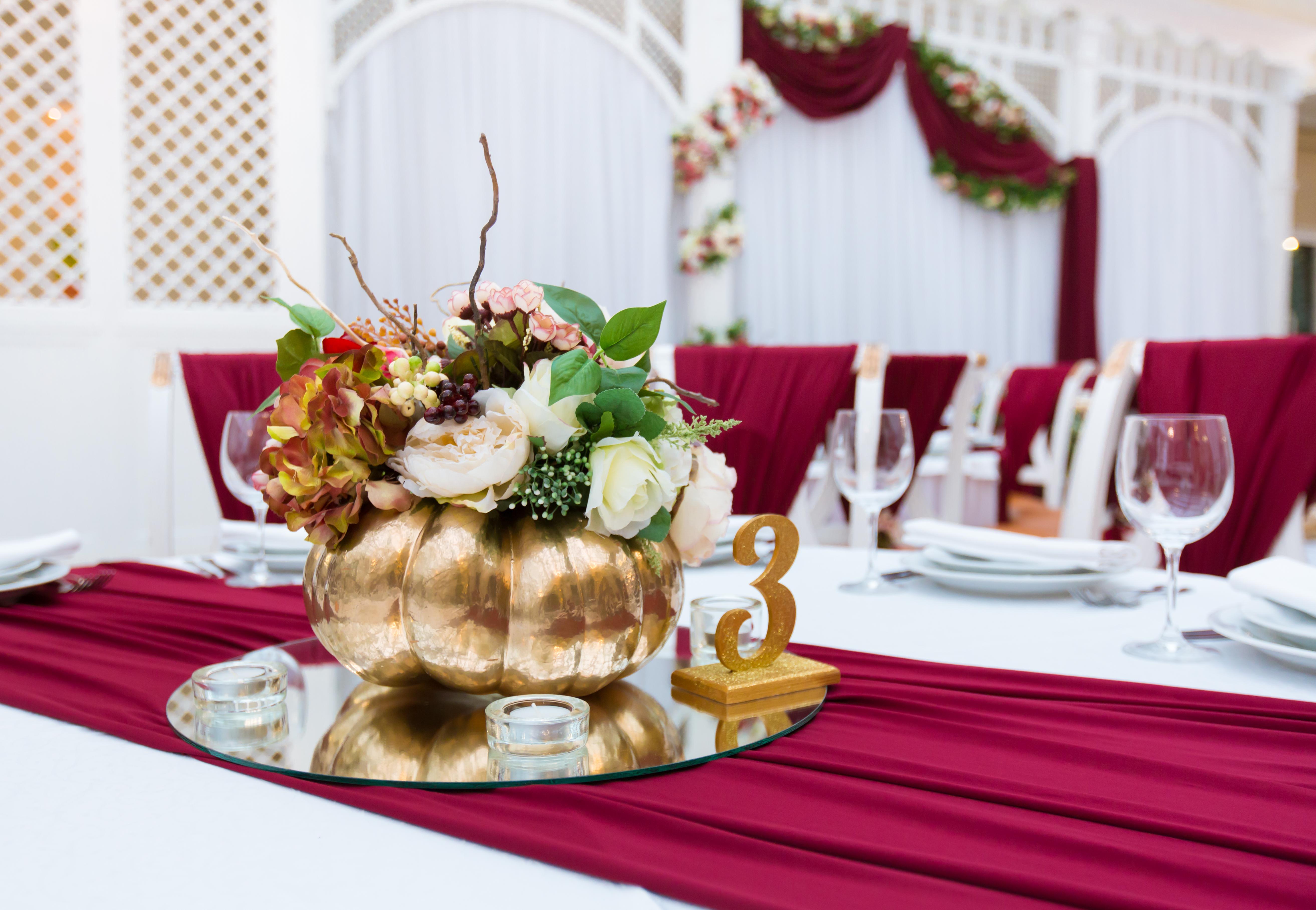 авторский свадебный декор в Одессе. концерт-холл Сады Победы